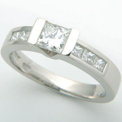 Platinum Princess Cut Diamond Engagement Ring 3.jpg