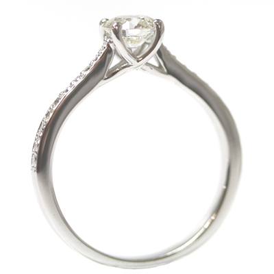 18ct White Gold Engagement Ring with Kiss Setting and Diamond Tapered Shoulders 1.jpg