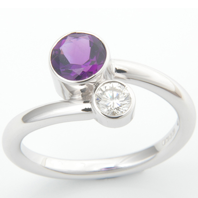 18ct White Gold Amethyst and Diamond Crossover Ring 2.jpg