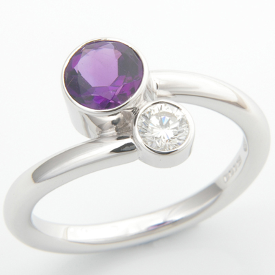 18ct White Gold Amethyst and Diamond Crossover Ring 1.jpg