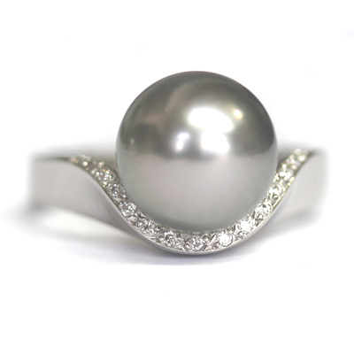 Platinum Black Pearl and Diamond Engagement Ring 1.jpg
