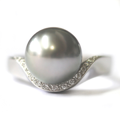 Platinum Black Pearl and Diamond Engagement Ring 3.jpg