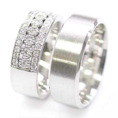 Platinum Complementing Wedding Ring Set 1.jpg