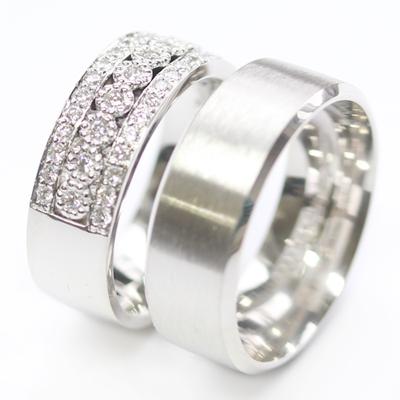Platinum Complementing Wedding Ring Set 3.jpg