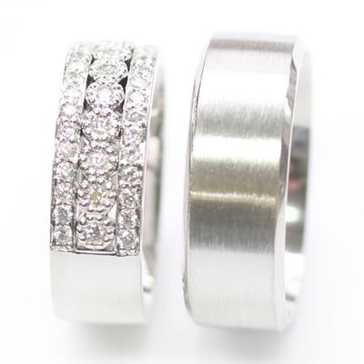 Platinum Complementing Wedding Ring Set 4.jpg