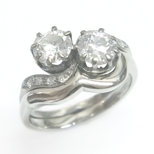 Platinum Fitted Wedding Ring for OM Engagement Ring 1.jpg