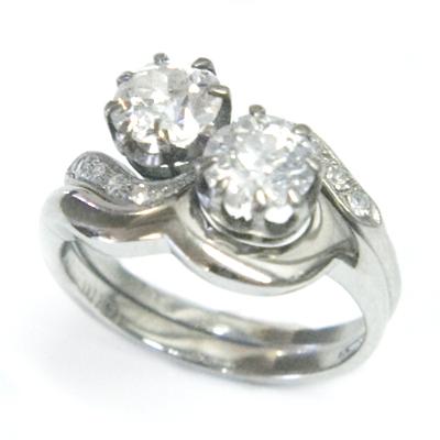 Platinum Fitted Wedding Ring for Swirl Diamond Engagement Ring 2.jpg