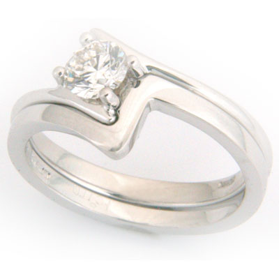 18ct White Gold Fitted Wedding Ring 2.jpg