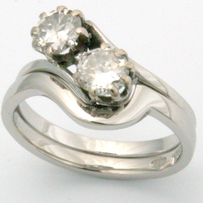 18ct White Gold Fitted Wedding Ring to Antique Engagement Ring 3.jpg
