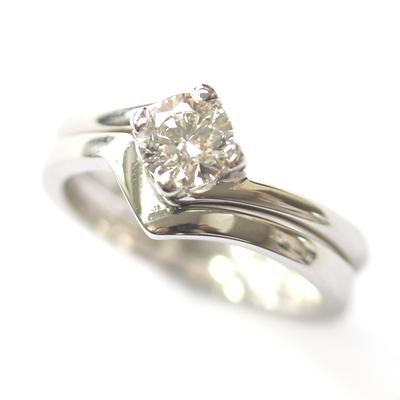 V Shaped Plain Fitted Wedding Ring 3.jpg