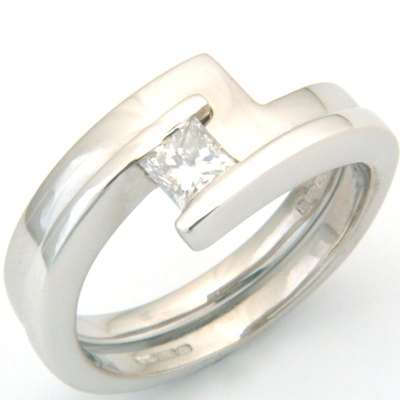 18ct White Gold Fitted Wedding Ring to Sweep Solitaire Engagement Ring 1.jpg