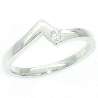 Platinum Round Brilliant Cut Diamond Engagement and Fitted Wedding Ring Set 4 - Copy.jpg