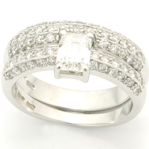 Platinum Diamond Pave Fitted Wedding Ring.jpg