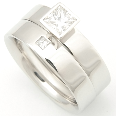 Platinum Solitaire Diamond Set Fitted Wedding Ring 1.jpg
