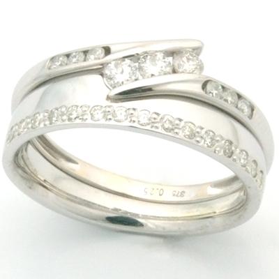 18ct White Gold Diamond Set Edge Fitted Wedding Ring 1.jpg