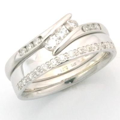 18ct White Gold Diamond Set Edge Fitted Wedding Ring 3.jpg