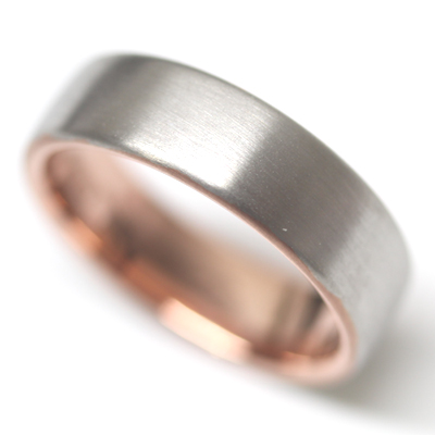 18ct White Gold and Rose Gold Gents Wedding Ring 3.jpg