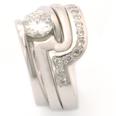 18ct White Gold Fitted Eternity Stacker Ring 4.jpg