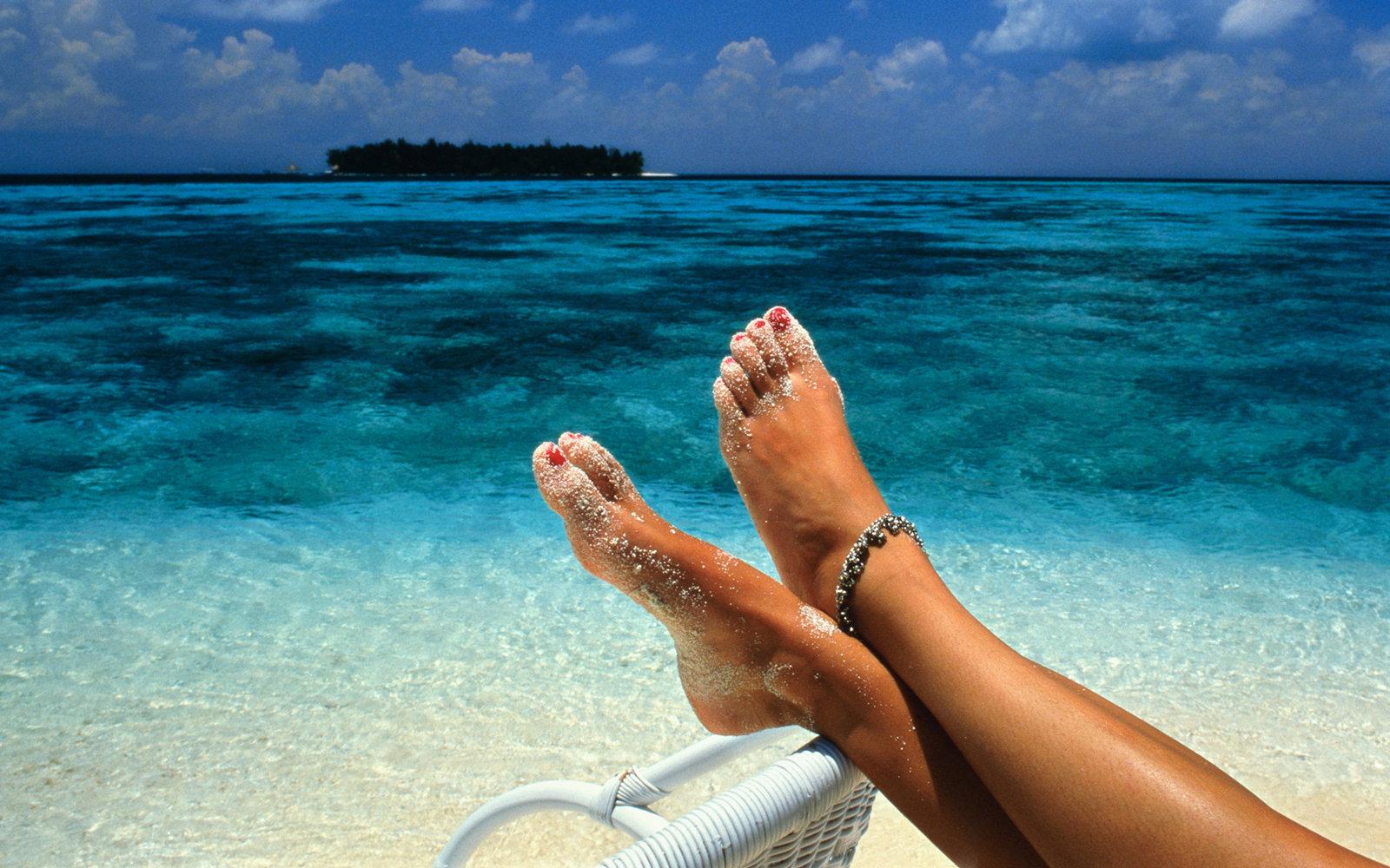 feet-maldives-BUDGET0517.jpg