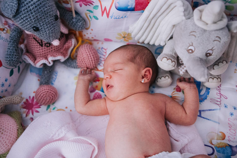 foto-sesion-familia-casa-newborn_010.jpg