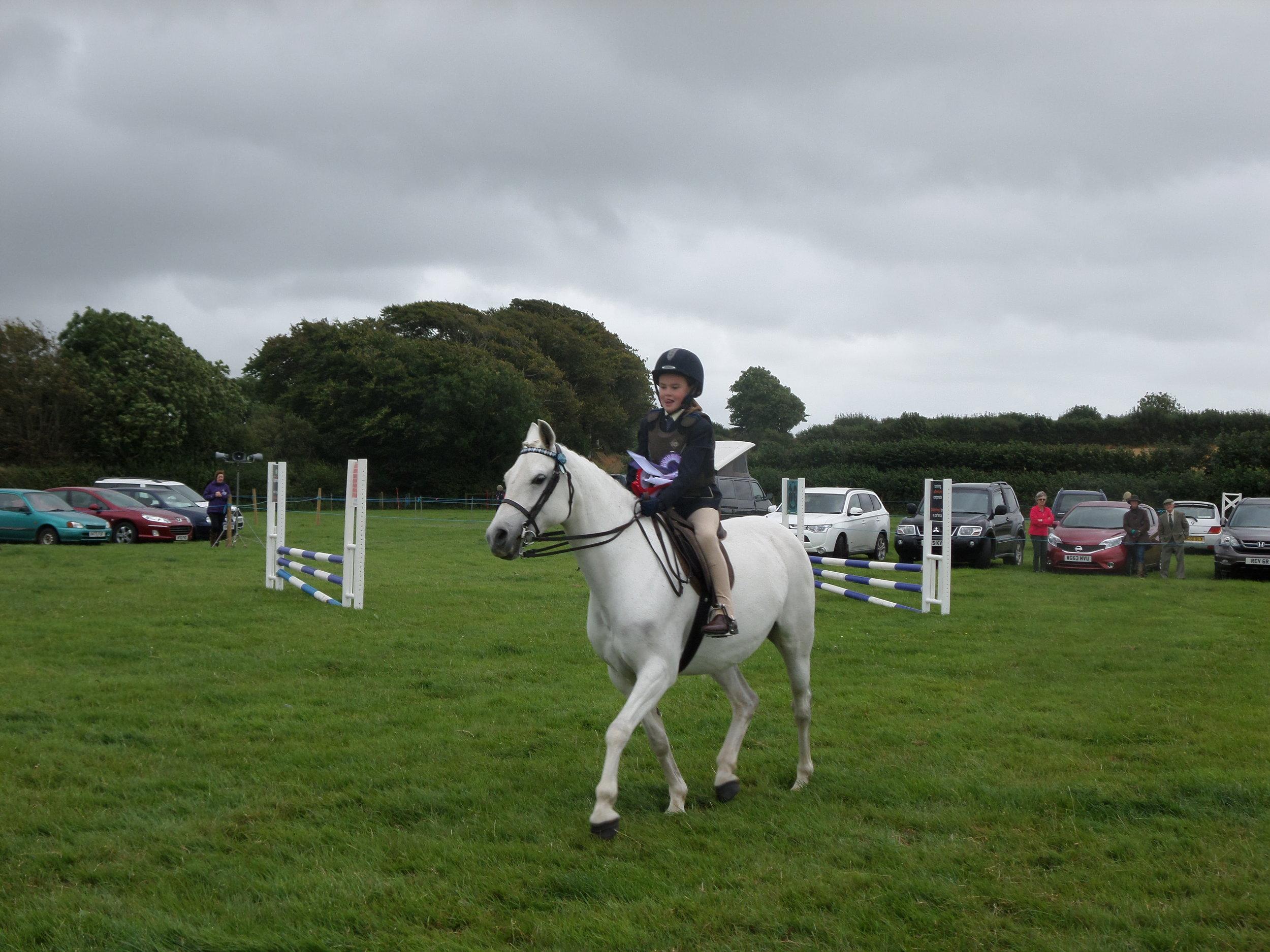 Grace Barker riding Hala, reserve Supreme Champion