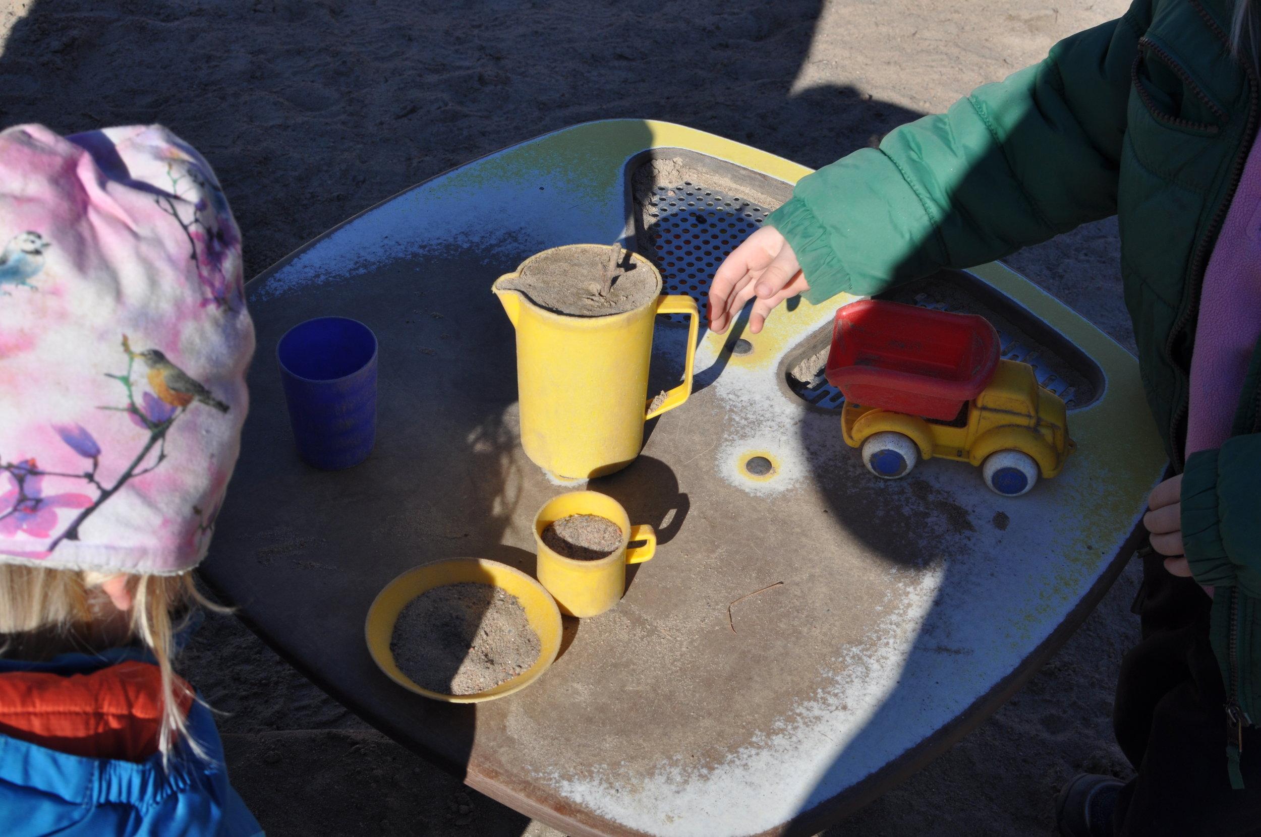 Hos Skeppsskorporna får du - · Insyn och delaktighet i ditt barns vardag· Nära kontakt med barngrupp, föräldrar och personal· Möjlighet att vid föreningens möten påverka de beslut som fattas· Tillgång till barnomsorg med hög kvalitet
