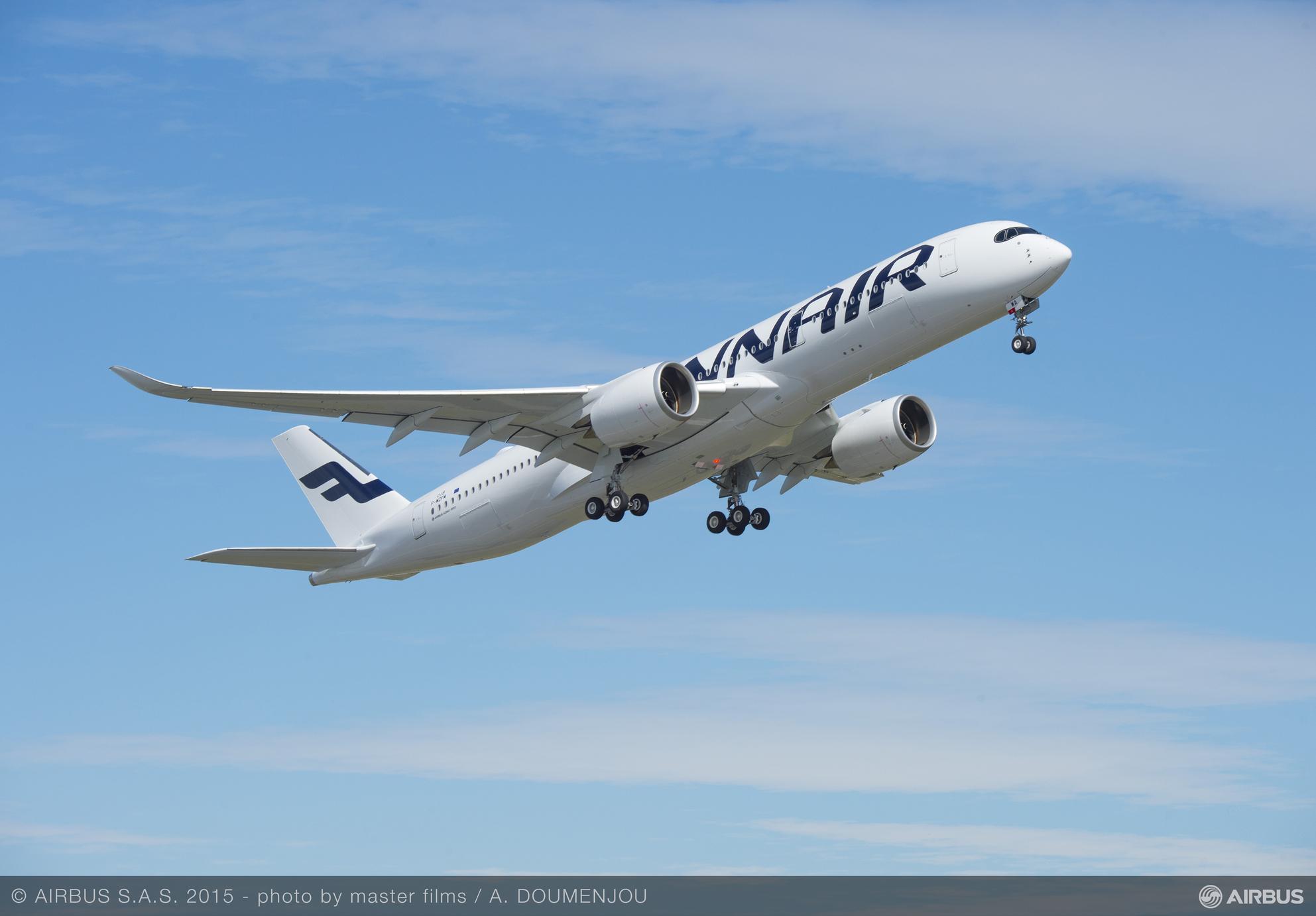 Finnair A350 XWB Test Flight Takeoff 02_49.jpg