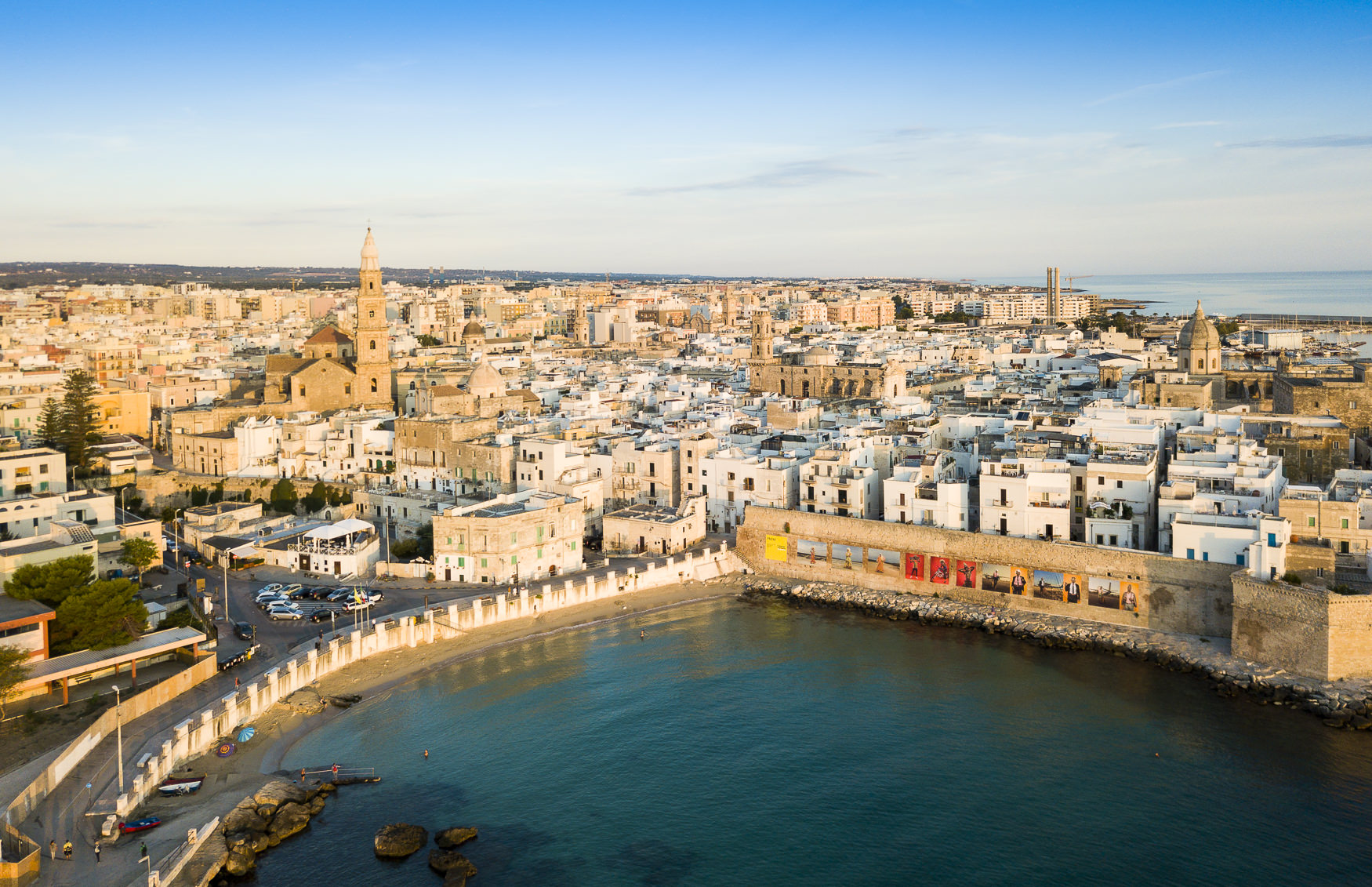 A 2017 shoot for Simpson Travel for their new Puglia programme. With the flat geography of the area, aerial shots were a particular brief requirement.
