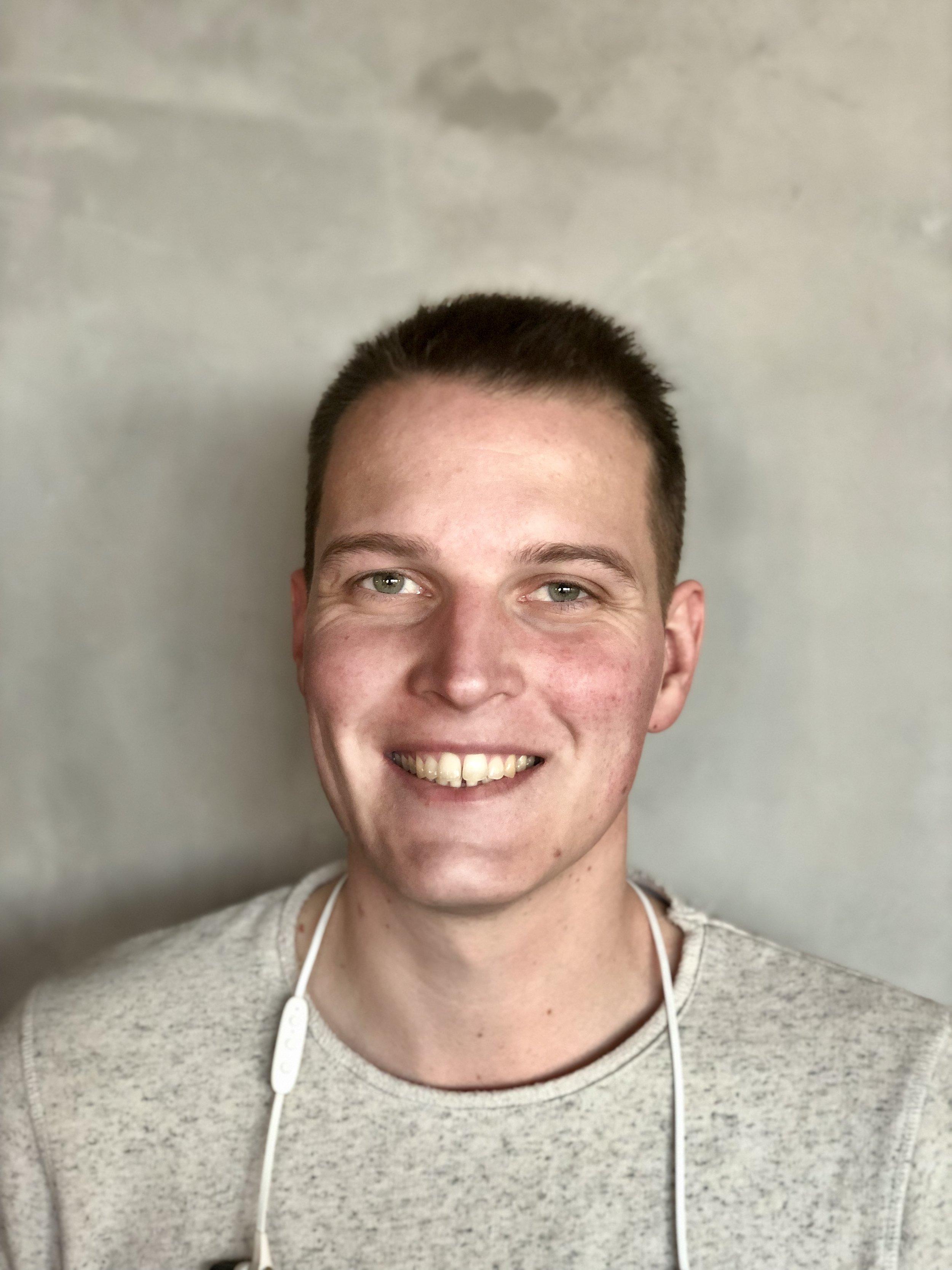 BAS VAN RIJN  Unity Developer