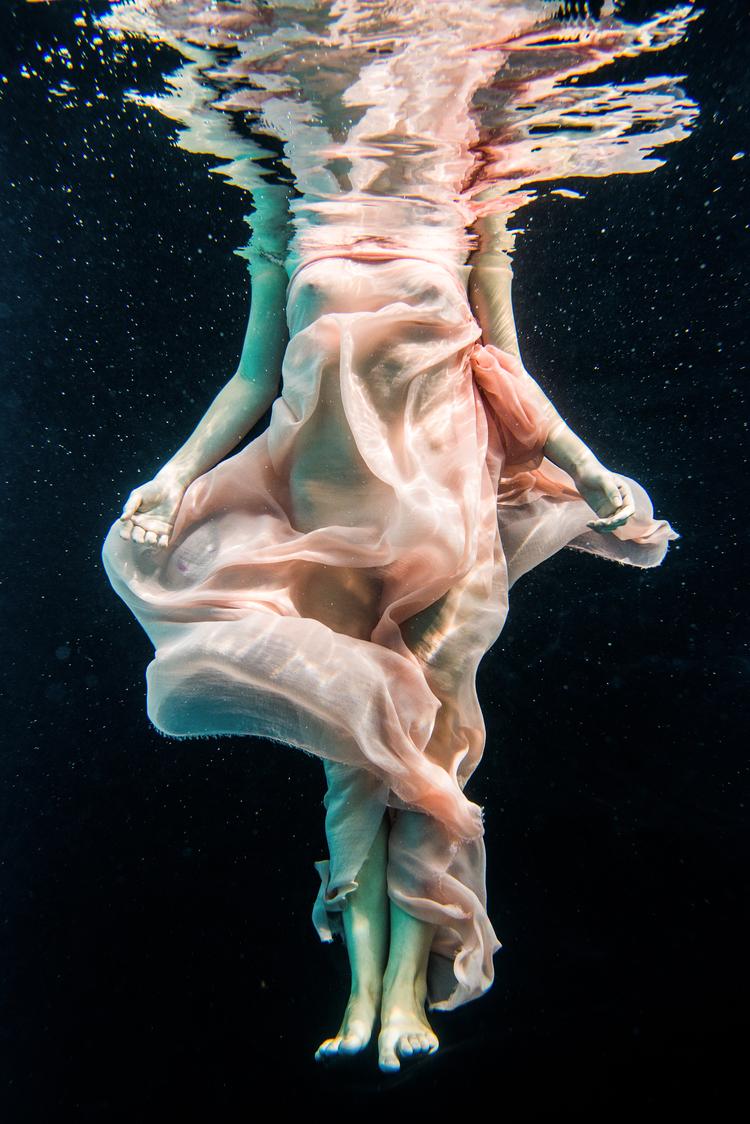julia-lehman-underwater-portraits-photography-033.jpg