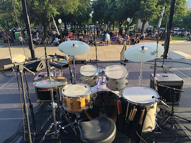 Amazing event at the Texas Capitol building yesterday with the legendary @iamramonayala  #dwdrums #ampegbass #backlinerental #accordianplayer #texascapitol #giovannicongas #percussion #latinmusic