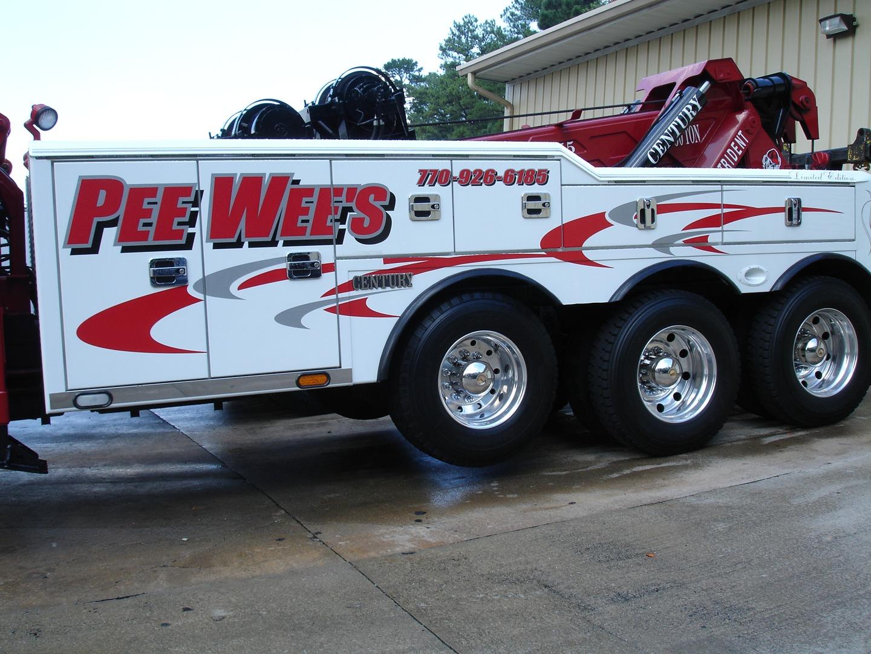 pee wee s wrecker service woodstock ga