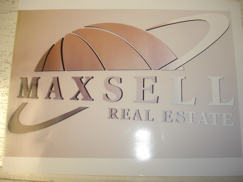 Maxsell RE.jpg