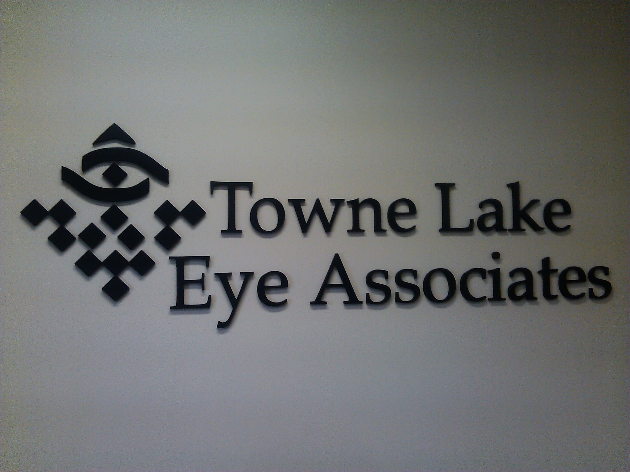 towne lake eye associates.jpg