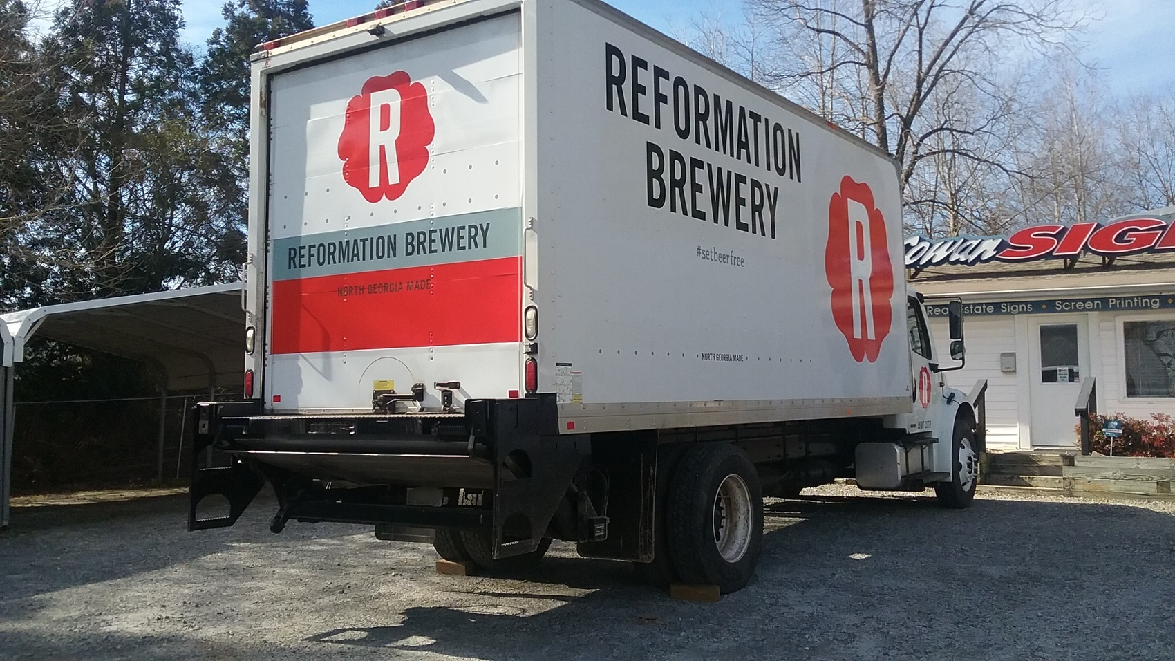 reformation box truck - angle1.jpg