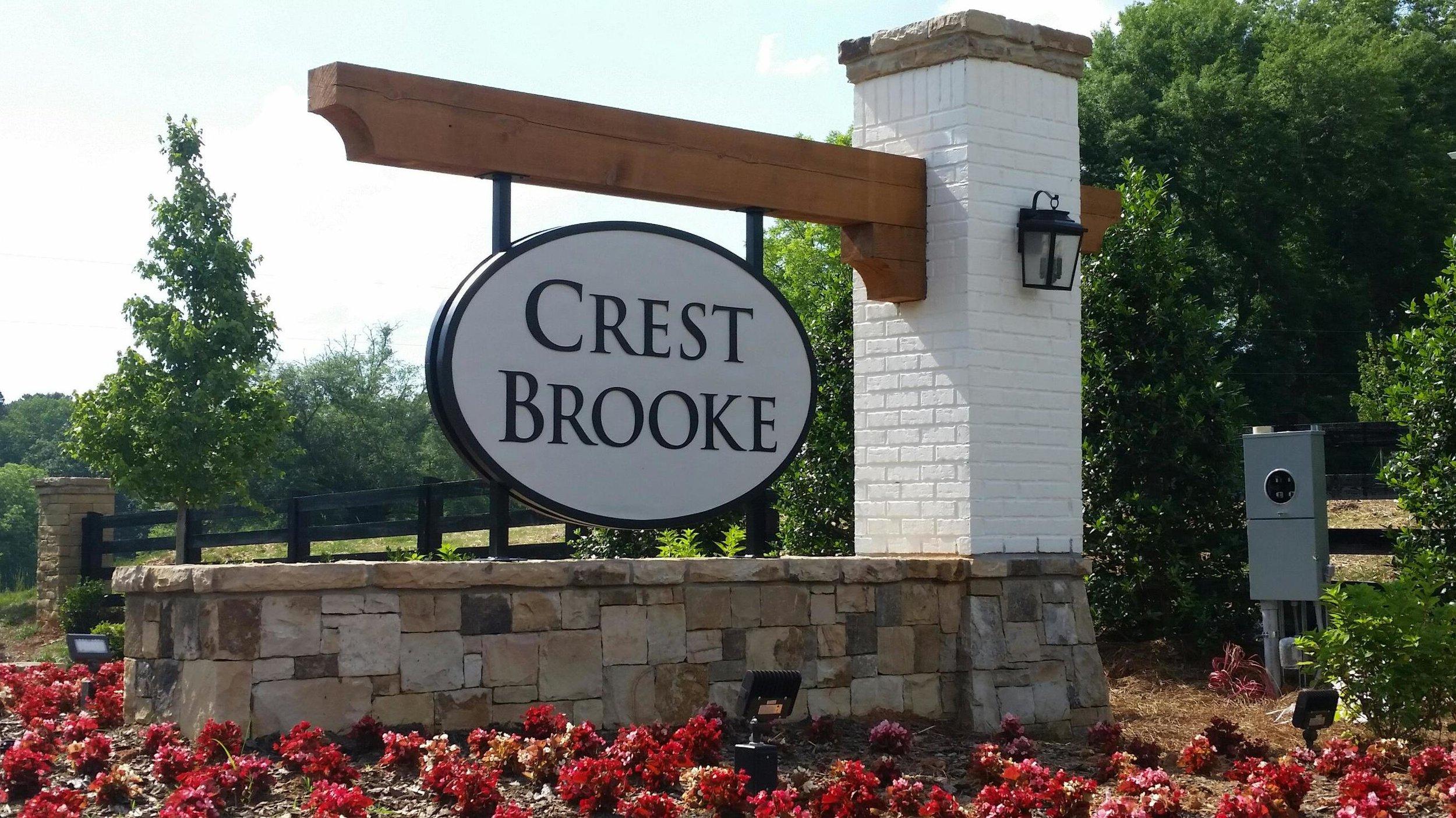 Crest Brooke.jpg