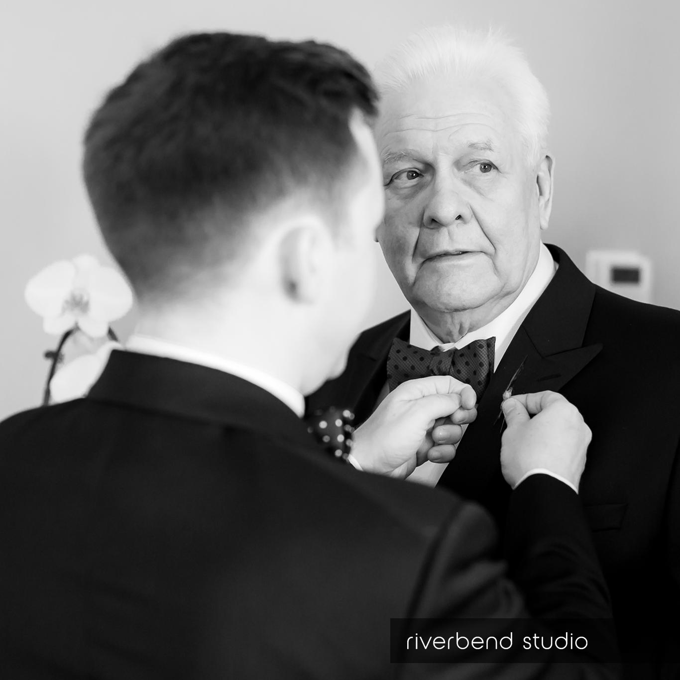 the grooms side-1.jpg