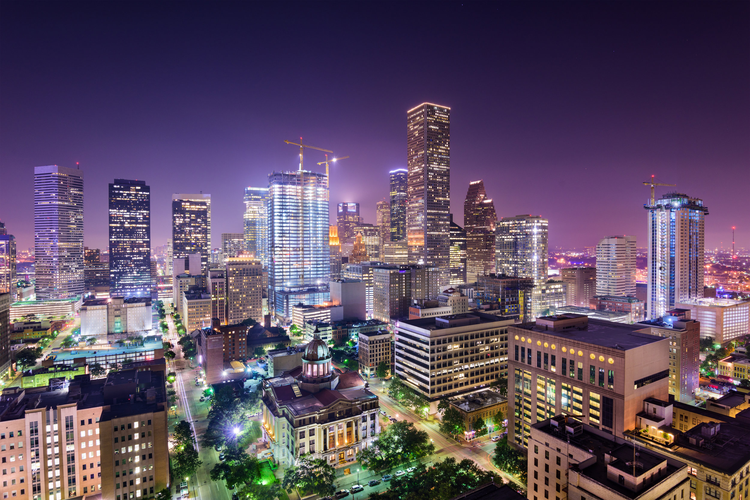 lodgeur-downtown-houston-night.jpeg