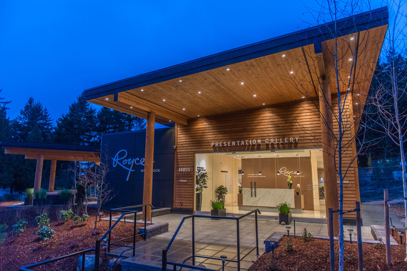 Invision-Royce-WhiteRock-Real-Estate-Sales-Centre-3.jpg