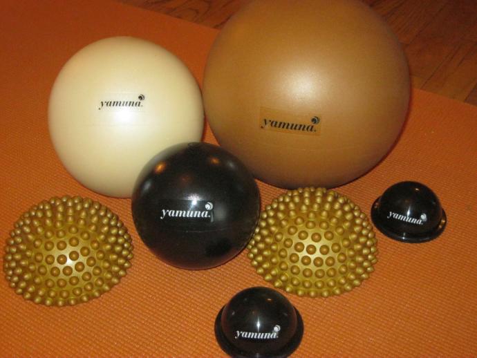 yamuna_balls.png