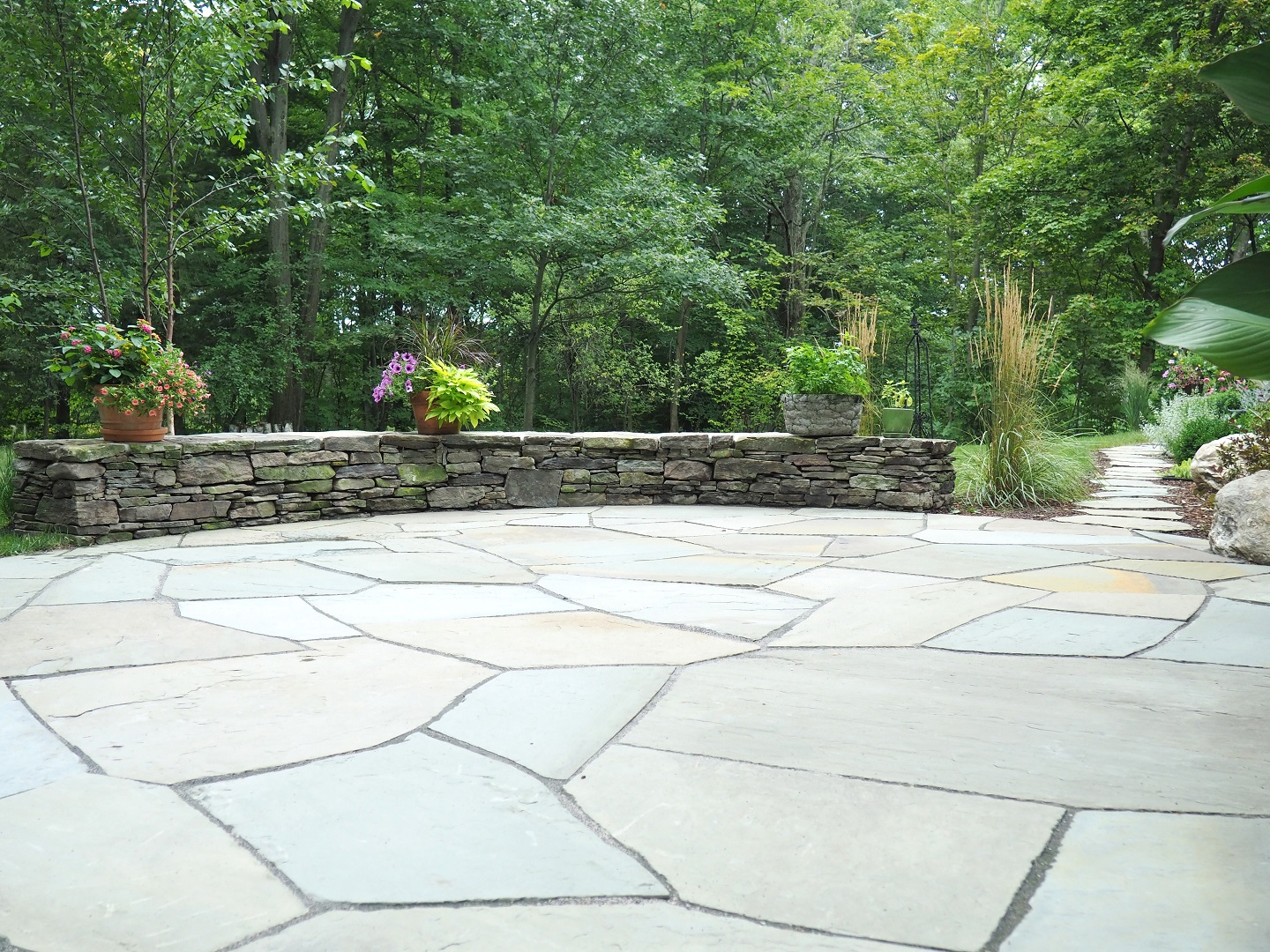 Pittsburgh, PA stunning patio with retaining wall