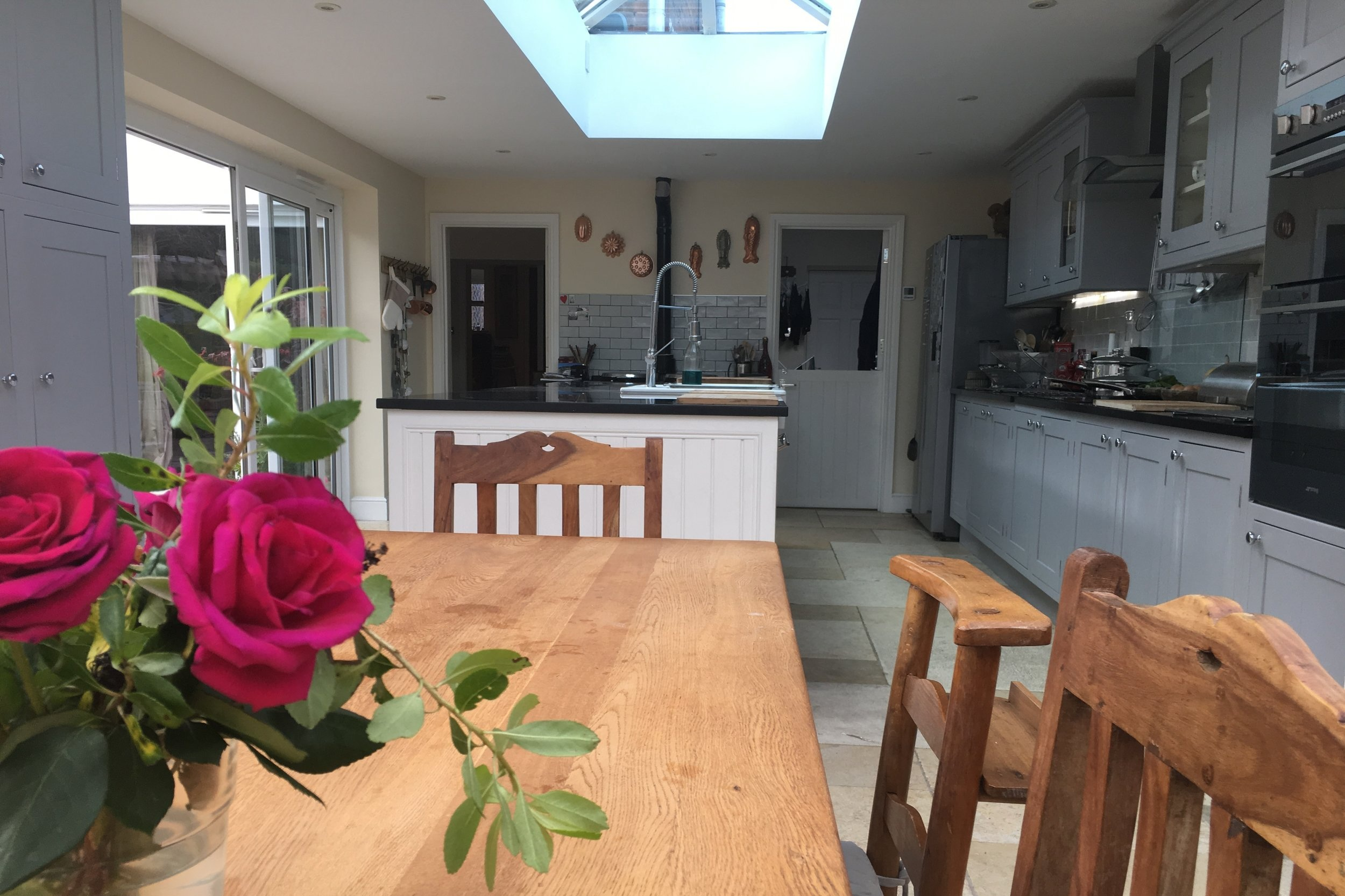 Kitchen, props & crockery hire  PROFESSIONAL, FULLY EQUIPPED KITCHENS AVAILABLE TO HIRE IN GLOUCESTER & AT  MILL ENd MITCHELDEAN .