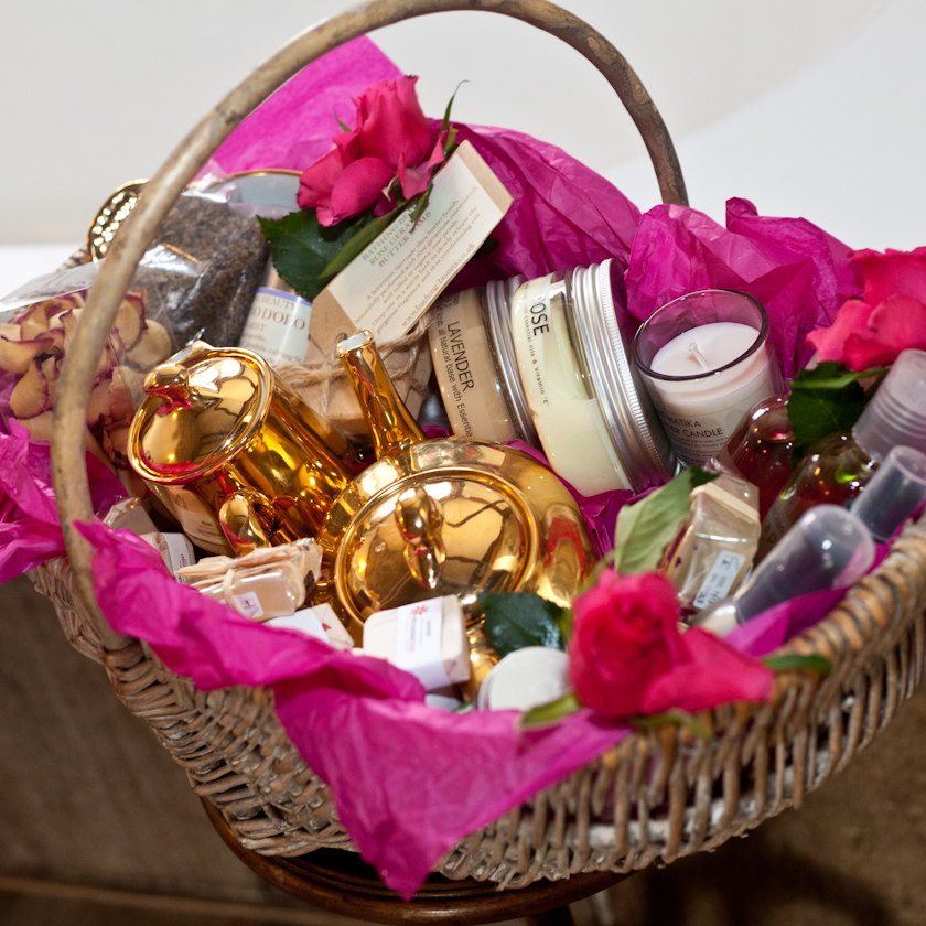 Pre-purchase pamper hampers of products for you and your friends to enjoy whilst staying together and for the hen to take home at the end of the weekend.