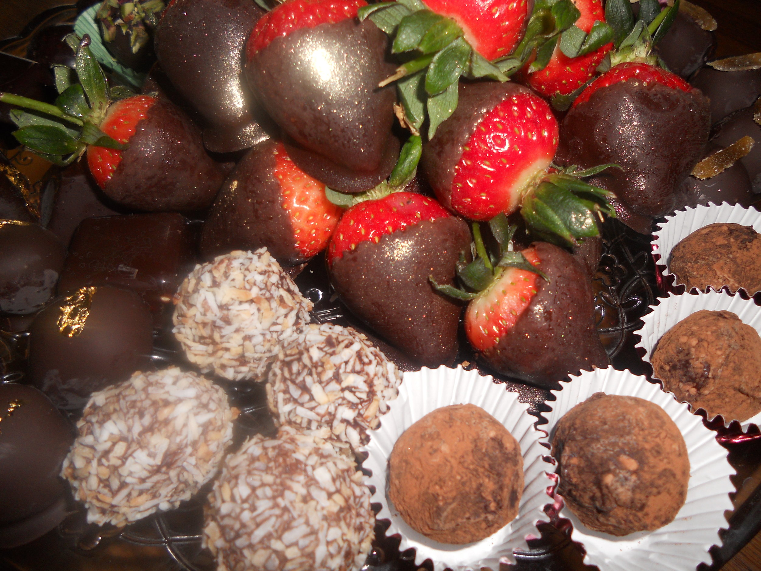 Copy of For foodies,  hen parties or corporate team-building - temper your own chocolate, make your own truffles dusted with gold leaf