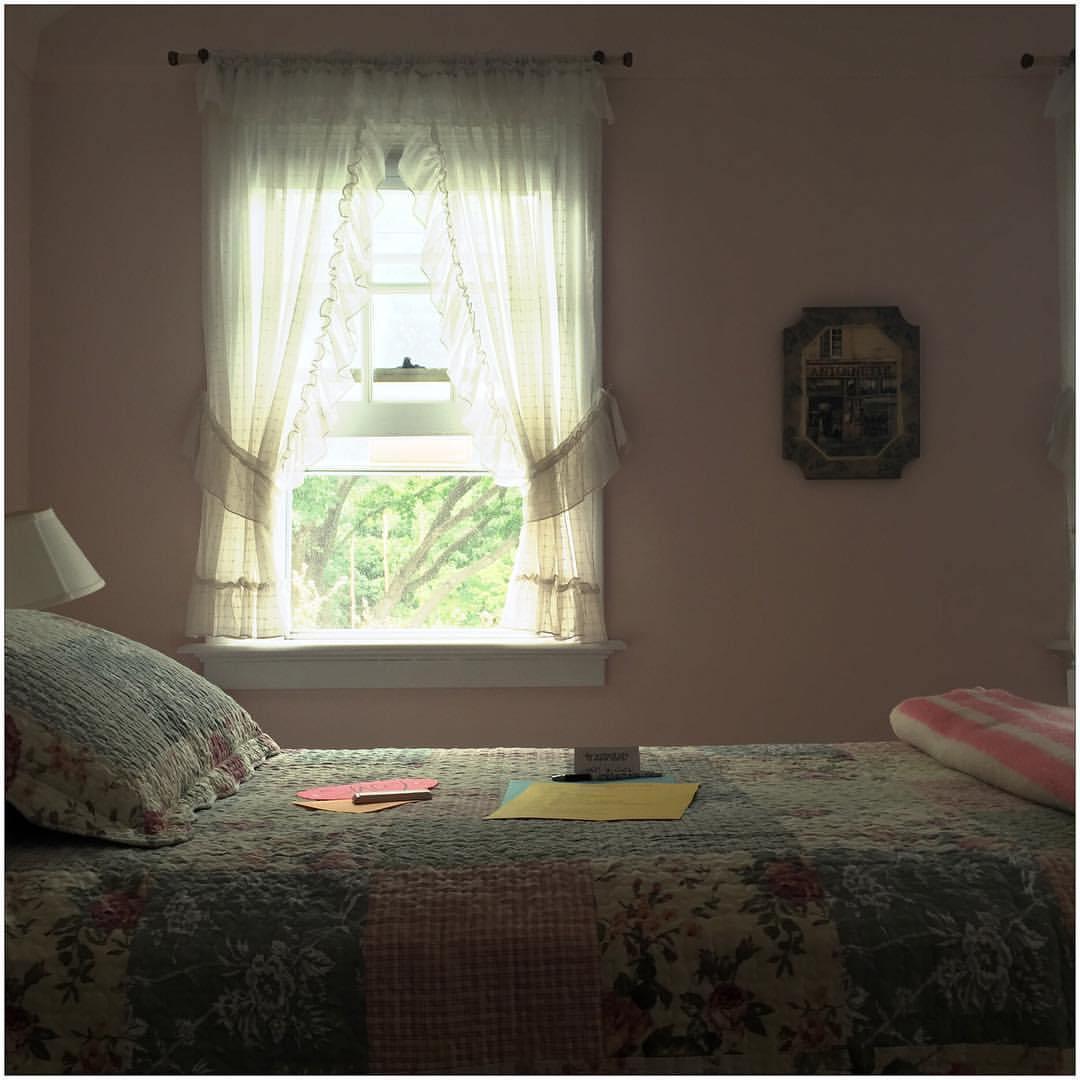 Loretto-Maryholme-Bedroom.jpg