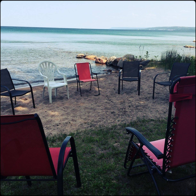 Chairs-on-the-beach.jpg