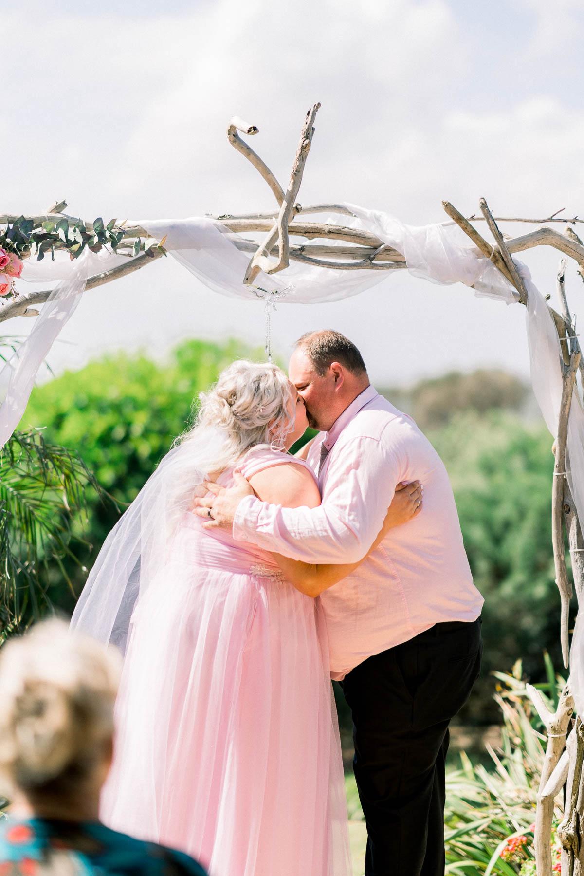 mt-eliza-mornington-peninsula-backyard-wedding-heart+soul-weddings-allison-matt-03337.jpg