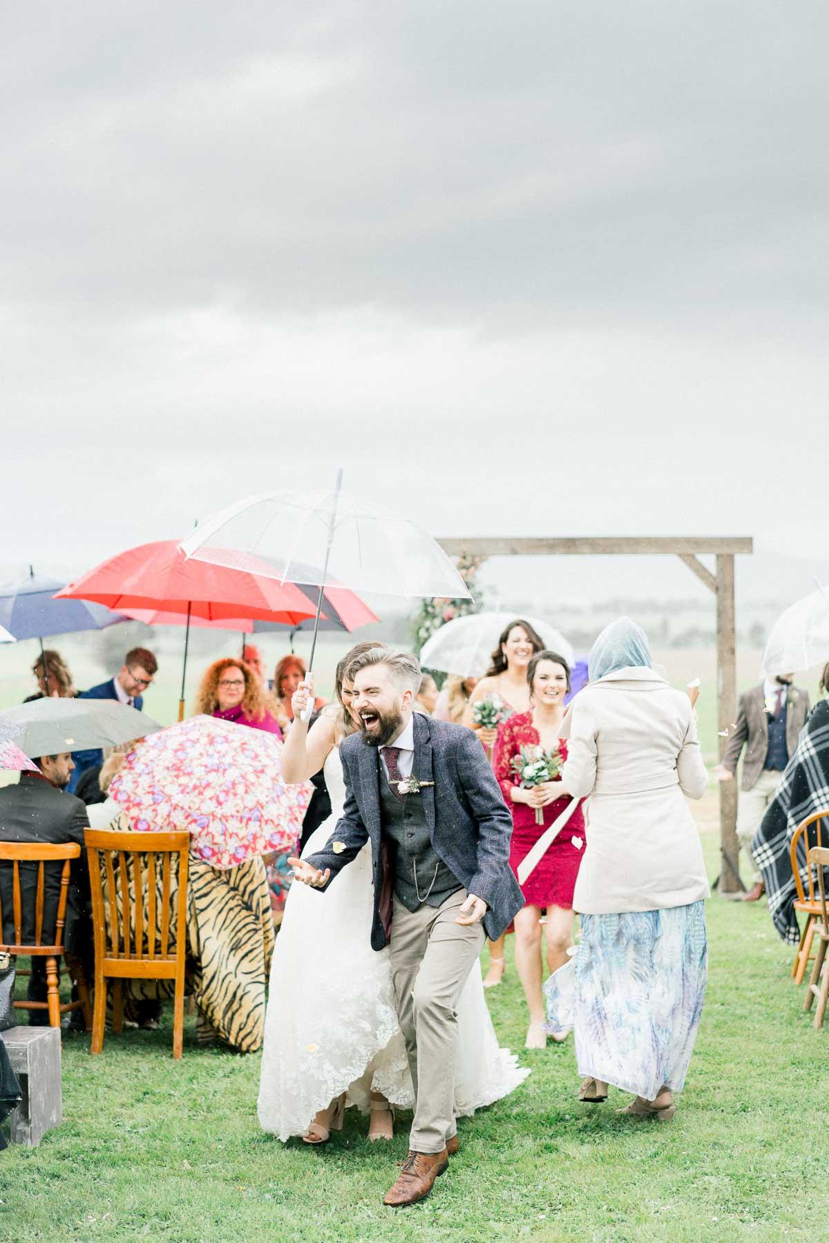 adams-farm-coldstream-yarra-valley-wedding-heart+soul-weddings-kel-jarryd-05144.jpg