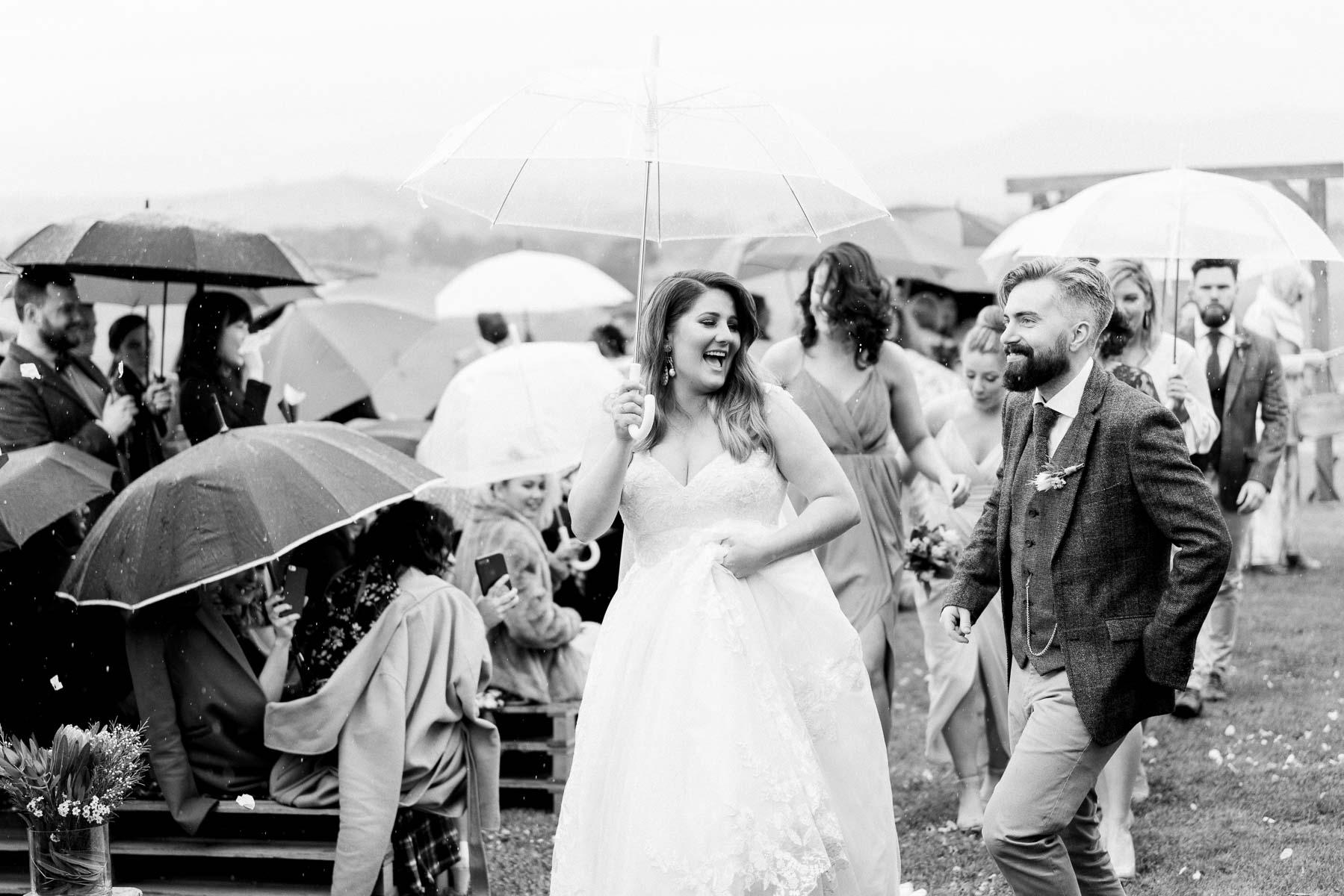 adams-farm-coldstream-yarra-valley-wedding-heart+soul-weddings-kel-jarryd-05157.jpg