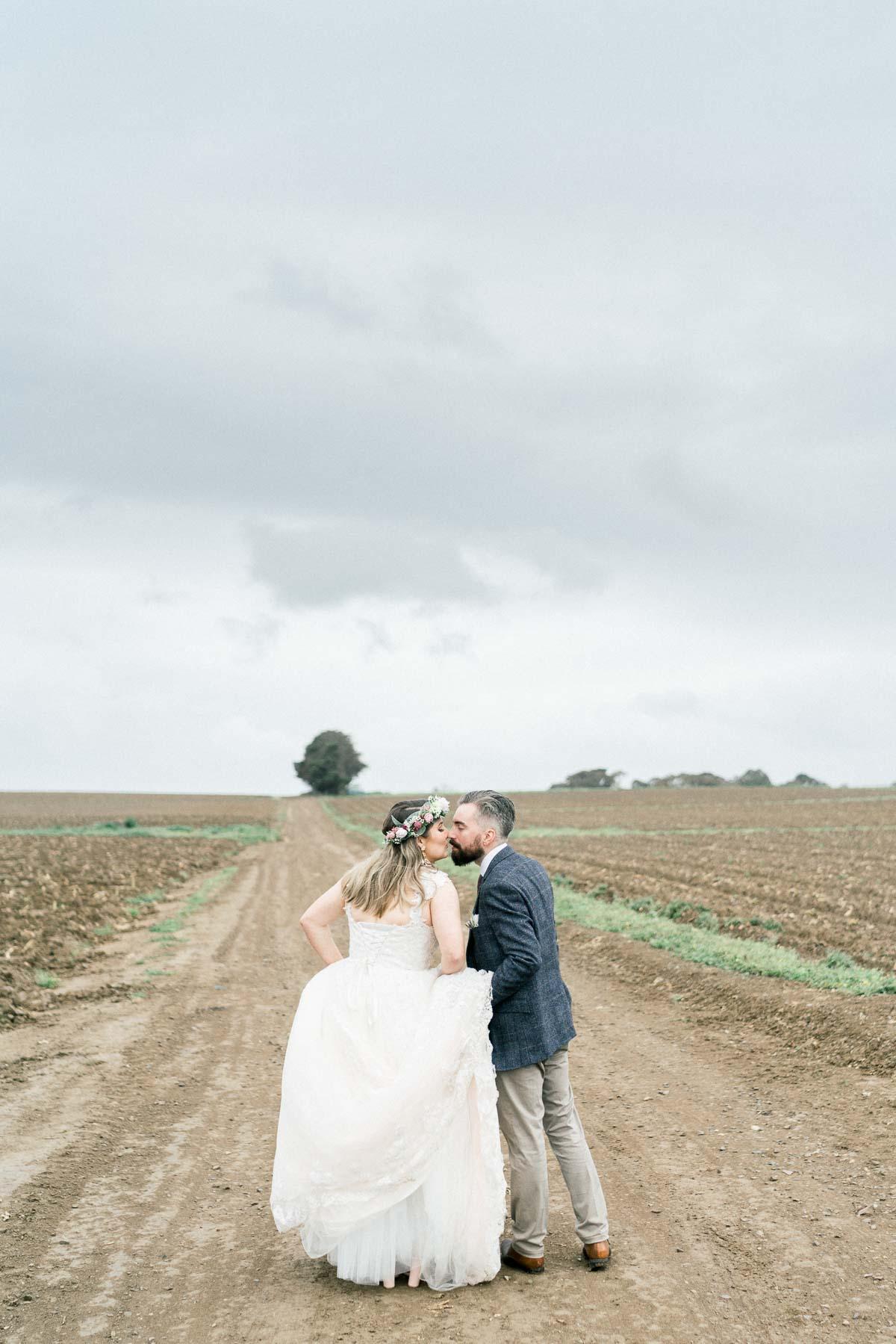 adams-farm-coldstream-yarra-valley-wedding-heart+soul-weddings-kel-jarryd-05498.jpg